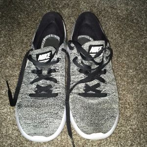 Nike lunar epic low flyknit running shoe size 10